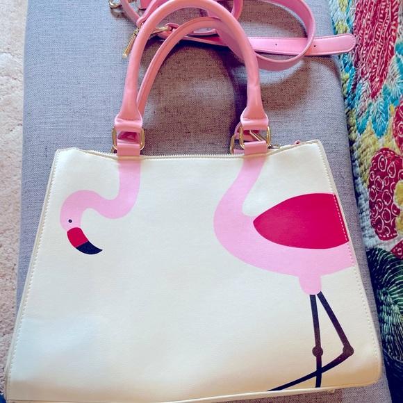 Ladies shoulder bag. White w/pink flamingo